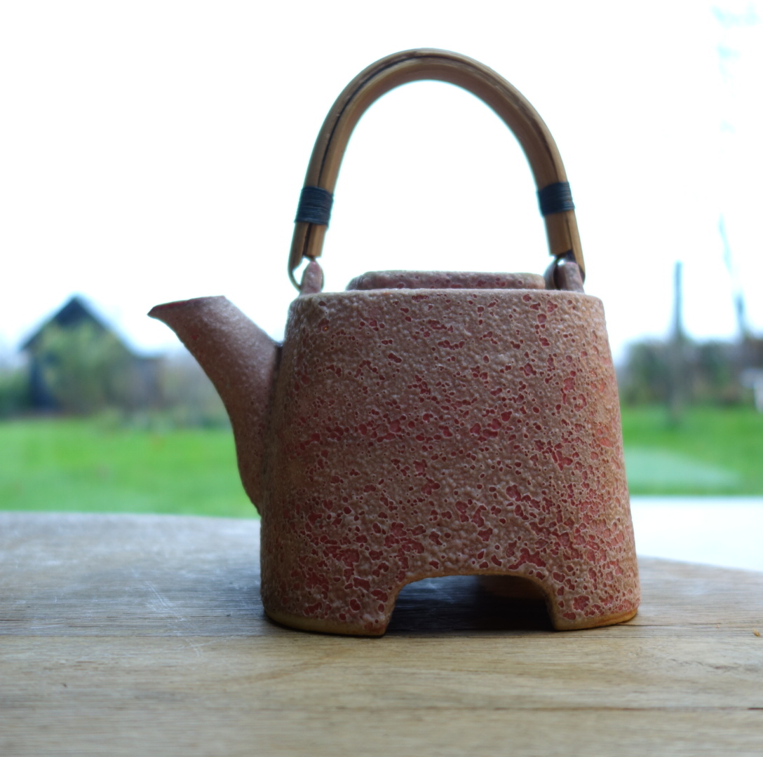 teapot by Bovbjerg
