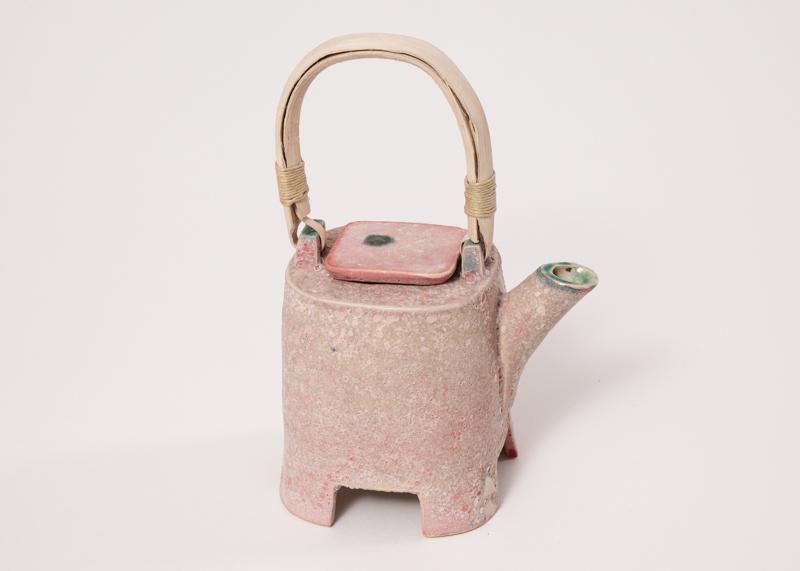 Tekande rosa med hank af lian - Helle Bovbjerg
