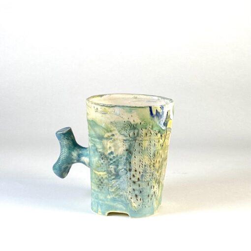cup with bollard